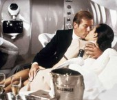 007, Champagne on Her Majesty's Secret Service